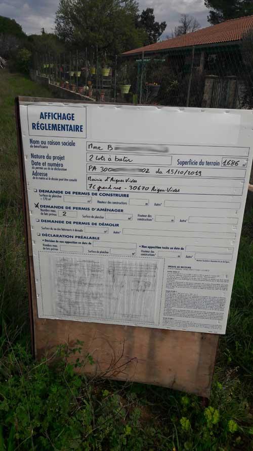 Permis de lotir à Aigues-Vives grâce au panneau deplacé avec l'aide du maire